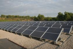 هيكل من الألومنيوم الحلوي لنظام التثبيت الشمسي الأسمنتي الأسمنتي الأساسي المسطح بالسقف
