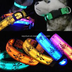 Kundenspezifische Hundehalsring-justierbare Nachtleuchtende Muffe des Firmenzeichen-LED glühende