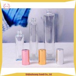 Rondes et carrées bouteille de parfum en verre de pulvérisation avec un support personnalisé