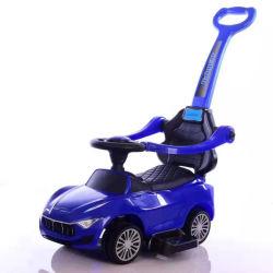 Fahrt auf Stoss-Auto für Baby