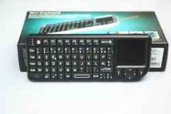 레이저 포인터가 있는 Rii Mini Bluetooth Azerty 키보드