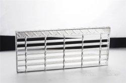 Étapes de l'escalier de la voie de l'escalier en acier non anti-patinage de Patinage pour l'extérieur d'utilisation de la construction galvanisé à chaud des échelles