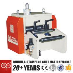 Feuille de Métal automatique pneumatique de précision de l'alimentation Servo nc bobine d'alimentation de la machine pour la presse (RNC-200HA)