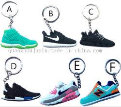 Lo sport promozionale del PVC di abitudine calza la catena dell'anello chiave di Keychain dell'anello portachiavi