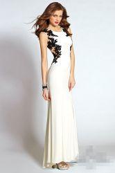 Blosser rückseitiger Abschlussball bekleidet weiße Chiffon- Partei-Abend-Kleid-Schwarzesappliques-Hüllen-Abend-Frauen-Kleider