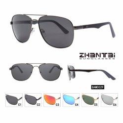 La mode des lunettes de soleil polarisées pour les hommes de la marque de lunettes de soleil personnalisé avec le Temple de fibre de carbone (BAM0029)