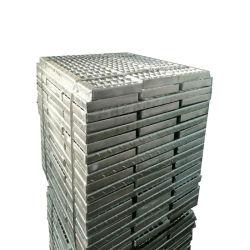 Placa de comprobador de galvanizado Nosing peldaños para escaleras Escalera Escalera de acero/