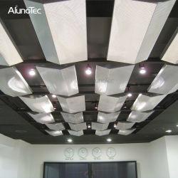 換気の粉のコーティングのアルミニウム網フィルター材料