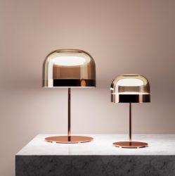 Una decoración moderna, el diseñador de interiores iluminación LED de escritorio de Metal Cristal Lámpara de mesa