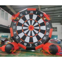 膨脹可能なフットボールの投げ矢のゲーム、4m-13FT/5m-17FTの巨大で膨脹可能なスポーツのゲーム、工場価格の膨脹可能な投げ矢ボード