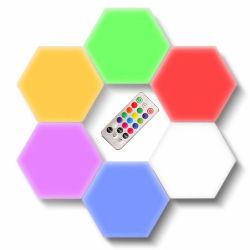 RGB LEIDENE van het Huis van de Aanraking van de Module van de Muur van de Honingraat van de Lamp van de Nacht van de Afstandsbediening Magnetische Quantum Lichte Hexagon Lichte Licht van de Muur