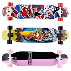 Kundenspezifische Firmenzeichen-China-Fabrik passte 4 Rad-hölzerne Skateboard-im Freiensport-Skateboards an