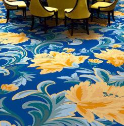 Wand, zum Qualitäts-Hotel-der tiefen Farben-Teppich-Gaststätte zu ummauern