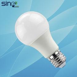 A60 Ampoule de LED lumière E27 B22 220-240V de base avec la CE RoHS Lampe à économie d'énergie