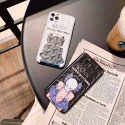Venda por grosso de fábrica Cartoon Kaws 3D Silicone Caso Telefone, adequado para iPhone 12 PRO Max