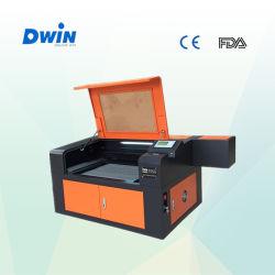 60W de Machine van de Gravure van de Laser van de Desktop (DW7050)