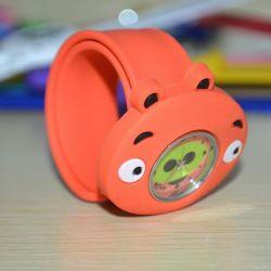 Los niños Kid Cartoon naranja bofetada relojes analógicos