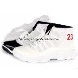 Mann-Sport-Schuhe mit Kurbelgehäuse-Belüftung eingespritztem Outsole (SNC-52020)