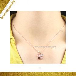 Heißes Blumen-geformte Diamant-Halskette des Verkaufs-Silber-Schmucksachenrhodium-9K 14K 18K Gold überzogene für Partei