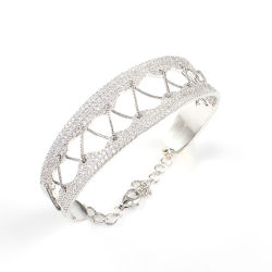 Braccialetto d'avanguardia dei monili del diamante dell'argento sterlina 925 della stringa unica