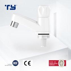 Colpetto di plastica della cucina del rubinetto di acqua del PVC di prezzi di fabbrica di marche del principale 10 della Cina di qualità