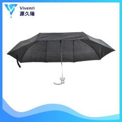 열려있는 설명서와 가까운 한 쌍 2인용 큰 접히는 우산