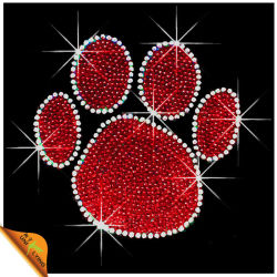 Rouge avec Crystal Paw Imprimer Hot Fix strass Motif du transfert de chaleur (SP)