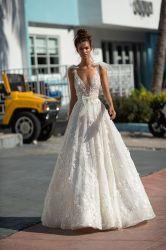 Neue Hochzeits-Backless Strand-Hochzeits-Kleid V-Stutzen Isolationsschlauch-Brücke Bridal Vestido De Noiva Shiny