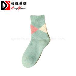 Осенью, зимой Cute теплый женщин популярных толстый хлопок ромб полотенце носки