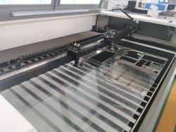 아크릴 목제 가죽 직물 절단 Flc1610d를 위한 CNC 이산화탄소 Laser