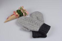 100%年のカシミヤ織及びMerinoのウールの混合された冬暖かい手の手袋