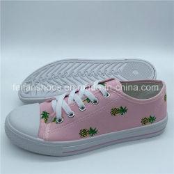 Crianças Calçado de Lazer ao Ar Livre Sapatos de Lona Casual de Injecção Calçado (ZL1017-30)