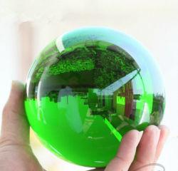 K9クリスタル・ボールのガラス地球の緑のクリスタル・ボール
