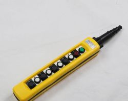 Venta caliente normalmente abierto Pulsador de la grúa y grúas para la electrónica