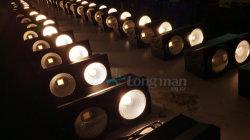 2*100W audiência LED SABUGO Blinder luz para o evento da Igreja parte