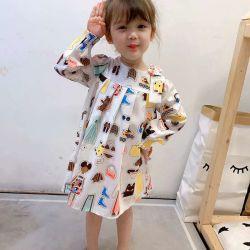 O mais tardar no Outono da menina confortável e desgaste de Manga Longa vestido de malha, de algodão,Cartoon Fashion Print.As crianças de vestuário. Vestuário de crianças. O desgaste das crianças. Desgaste para crianças