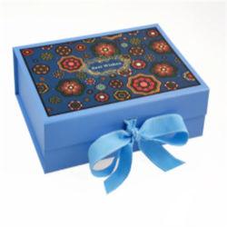 Fabrieksprijs Custom Printing Logo Vierkant Karton Kerst Cadeauverpakking Doos met papieren inbox