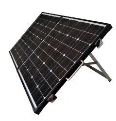 Schwarzer Rahmen-beweglicher Sonnenkollektor-Installationssatz mit integriertem Ladung-Controller und tragendem Fall. WegRasterfeld Sonnenenergie für die RV-Batterie-Aufladung