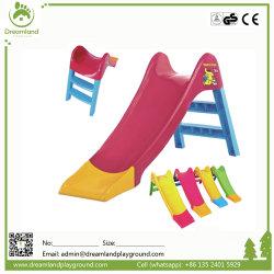 الأطفال ما قبل المدرسة تصميم جديد متعدد الوظائف في الداخل روضة أطفال الأطفال شريحة بلاستيكية للأطفال تأرجح