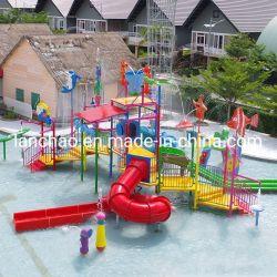 De Apparatuur van de Speelplaats van het Park van het Water van het vermaak met de Dia van de Plons van het Water van Jonge geitjes