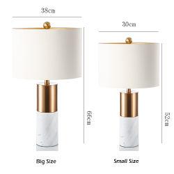 매력적인 컬러 램프 RGB 램프가 있는 유도 충전기 고급 긴 암 데스크 LED 크리스탈 테이블 램프 모던