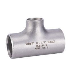 تركيبة الأنابيب المصنوعة من الفولاذ المقاوم للصدأ متساوية مع التركيبة على شكل حرف T وتقلل من تلك التركيبة