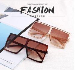 2020 أنيقة UV400 نظارات شمسية كبيرة الحجم أزياء النساء نظارات شمسية مربع أسود نظارات شمسية