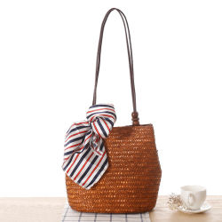 Nova chegada de bolsas de praia no Verão com lenço de seda, manufacturados grossista saco de mão no ombro de Palha Tote sacos para as mulheres elegantes