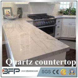 I materiali da costruzione hanno lucidato le contro parti superiori del quarzo artificiale bianco di colore/controsoffitto di vanità/controsoffitto della cucina