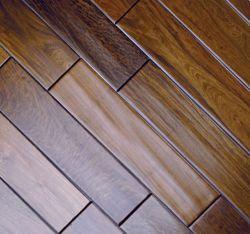 Qualidade superior de avelã Natural Facetado Pavimentos de madeira sólida (piso de madeira maciça)