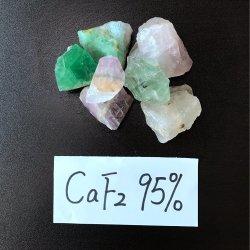 Hoge Zuiverheid CaF2 95% Stuk van het Vloeispaat voor Groene het Fluoriet van de Ertsen van het Fluoride van het Calcium van de Oven van het Staal