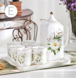 Trayの耐久のPorcelain Tea Set