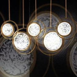 Le design de mode Pendentif or décoratifs pendaison lampe avec diffuseur Galss spécial