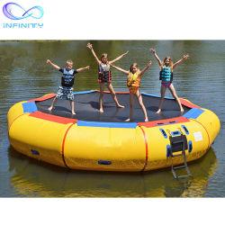 Nouveau populaires de l'eau Seadoo flottant gonflable Trampoline Trampoline le saut à l'eau flottant lit gonflable Jouet de l'eau